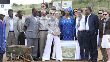 PHOTOS Madonna fonde une école au Malawi