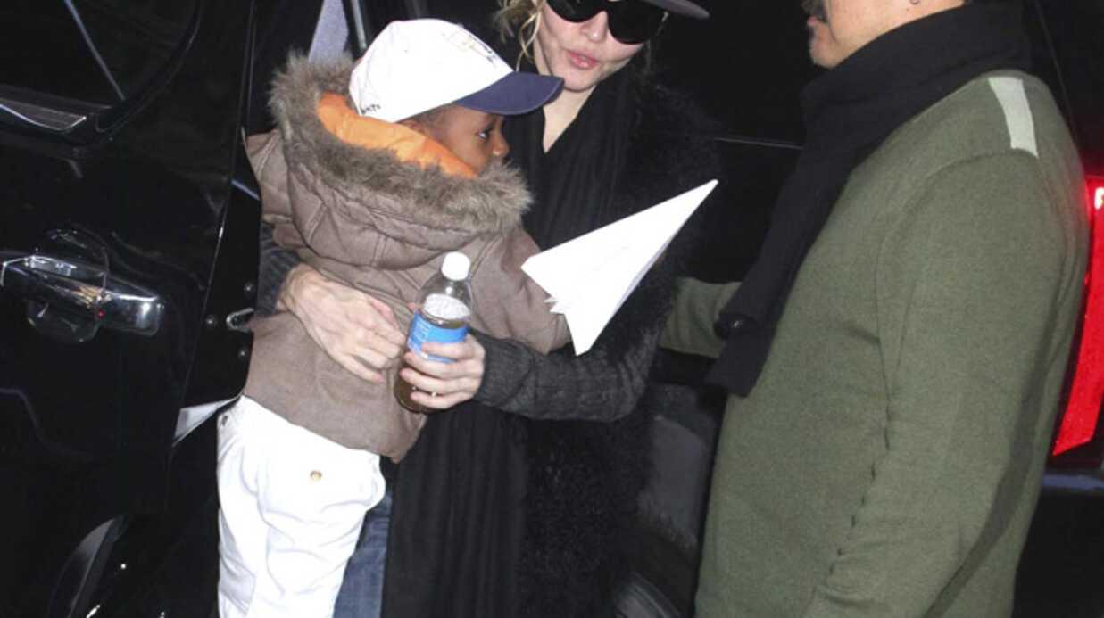 PHOTOS Madonna, Guy Ritchie et les enfants à la Kabbale