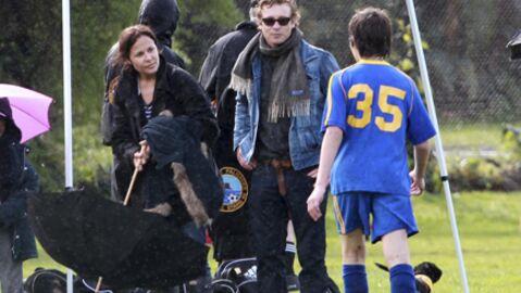 PHOTOS Mentalist: Simon Baker avec sa femme et son fils