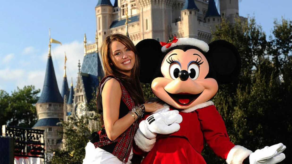 PHOTOS –  Miley Cyrus, son concert à Disneyland