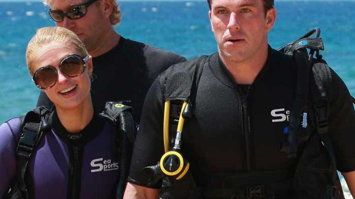 PHOTOS Paris Hilton fait de la plongée avec Doug