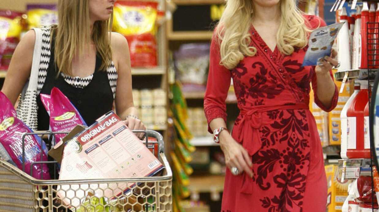 PHOTOS Paris Hilton et sa sœur jouent les ménagères