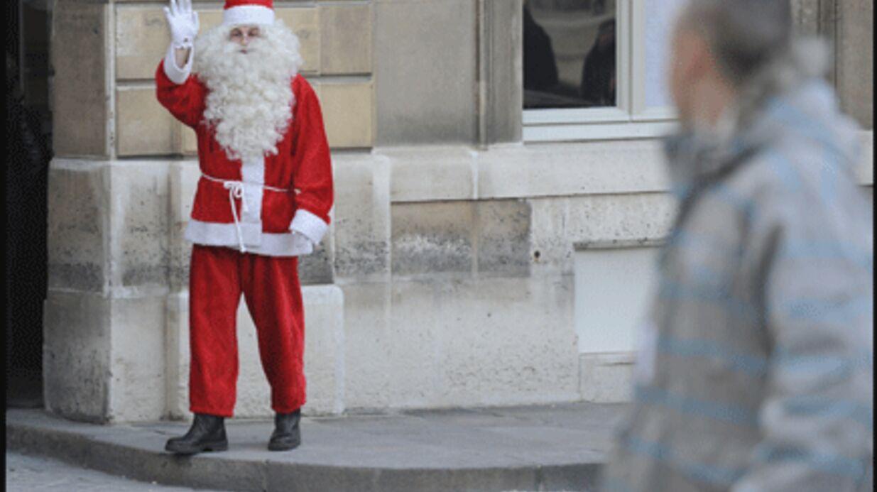 PHOTOS: le Père Noël en visite à l'Elysée