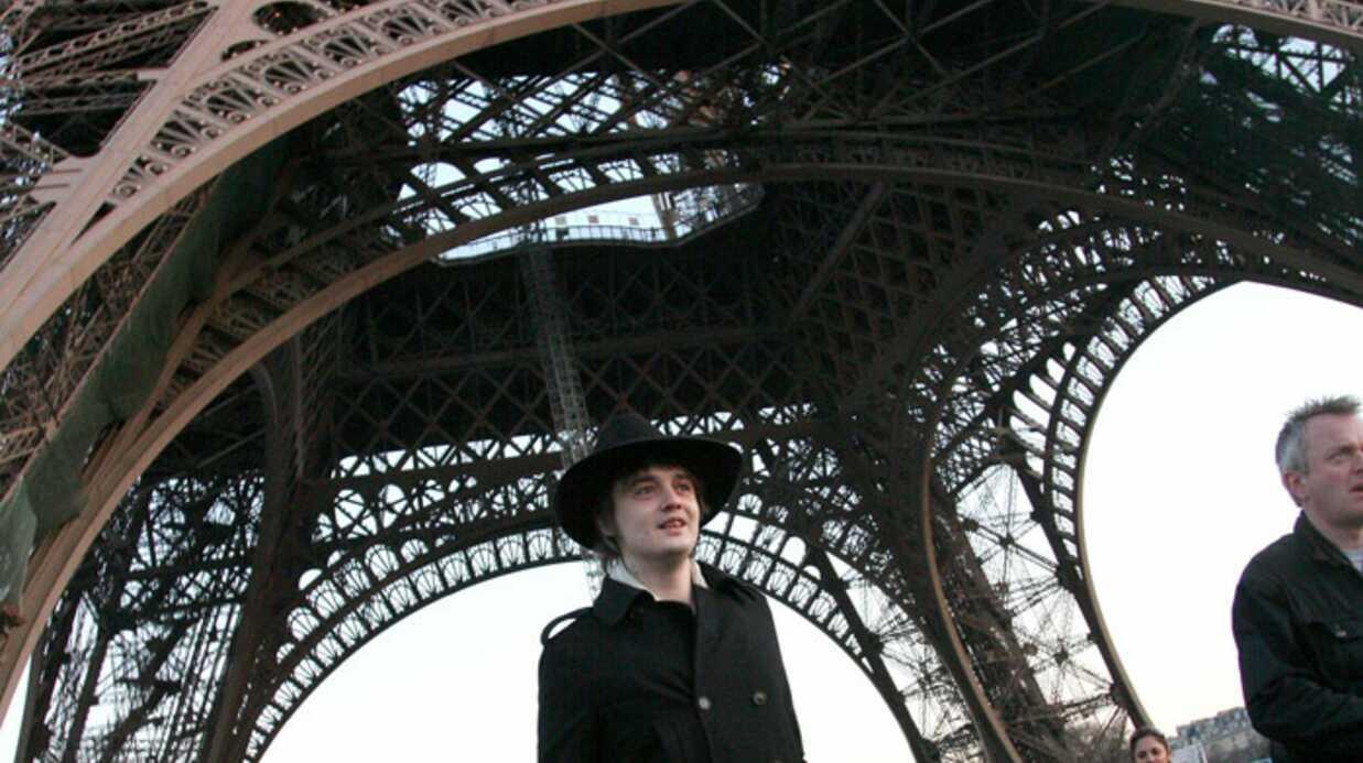 PHOTOS Pete Doherty visite la Tour Eiffel à Paris