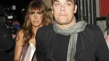 PHOTOS Robbie Williams et sa petite-amie assaillis par des fans