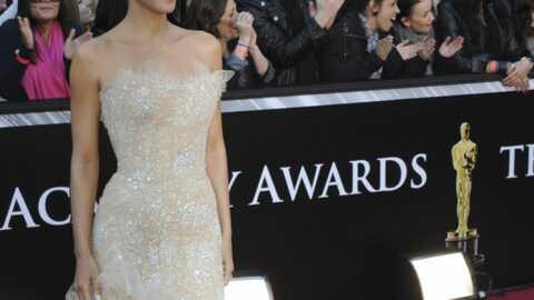 LOOK: les plus belles robes des Oscars 2011