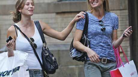 PHOTOS Robin Wright-Penn: shopping et fous rires avec sa fille