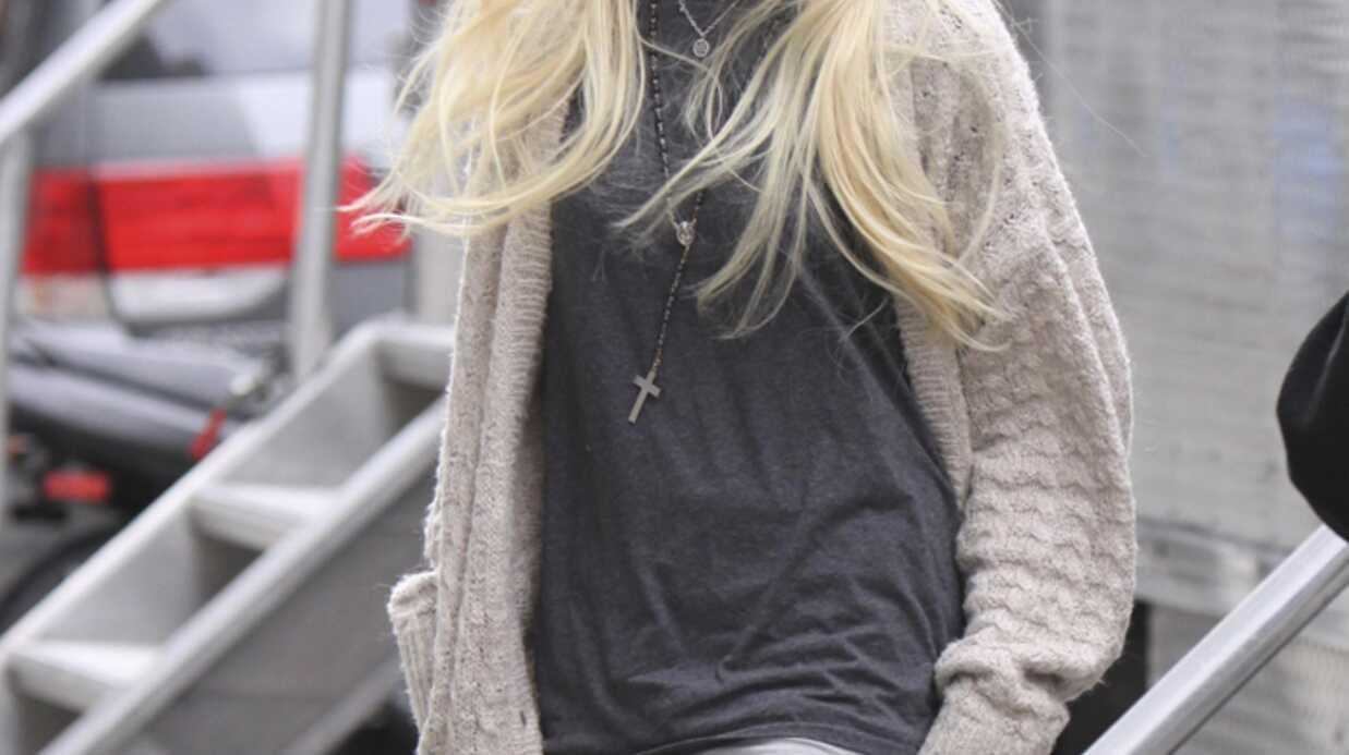 LOOK Taylor Momsen de Gossip Girl en porte-jarretelles