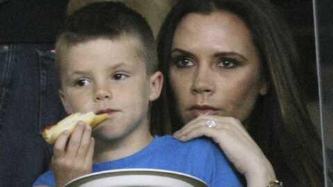 PHOTOS Victoria Beckham: gros câlin avec son fils