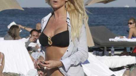 PHOTOS Victoria Silvstedt en bikini à Miami