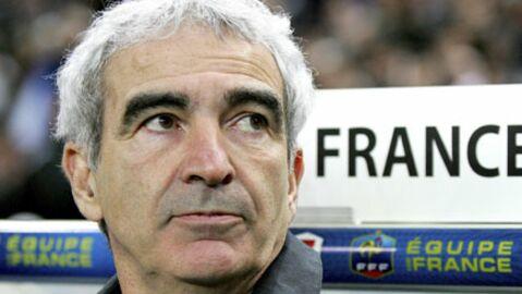 Raymond Domenech: sa mère scandalisée par Anelka