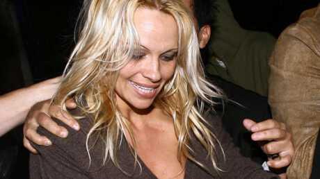 Pamela Anderson Bon, elle divorce ou quoi?