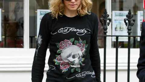 Madonna Elle boit de l'eau précieuse!