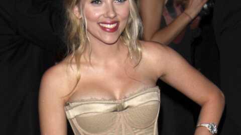 Scarlett Johansson aimerait goûter au sexe en voiture