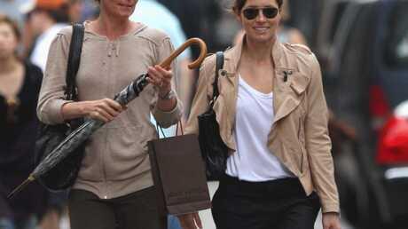 PHOTO Justin Timberlake: sa mère fait du shopping avec Jessica Biel