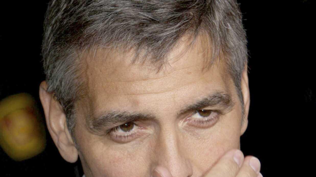 George Clooney et Brad Pitt rendent hommage à Bernie Mac
