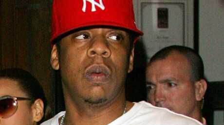 Jay Z défend Rihanna et veut la peau de Chris Brown