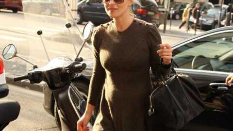 LOOK Kate Moss s'est habillée en nonne pour la Fashion Week