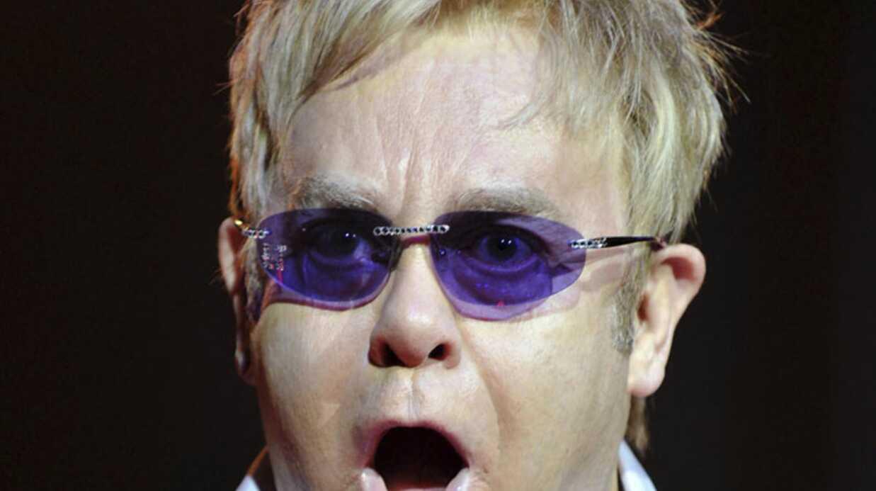 EXCLU Elton John multiplie les caprices pour ses concerts en France