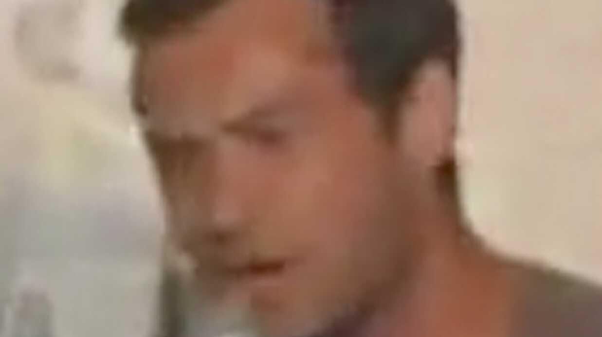 VIDEO Jude Law chante du Chuck Berry pour ses fans