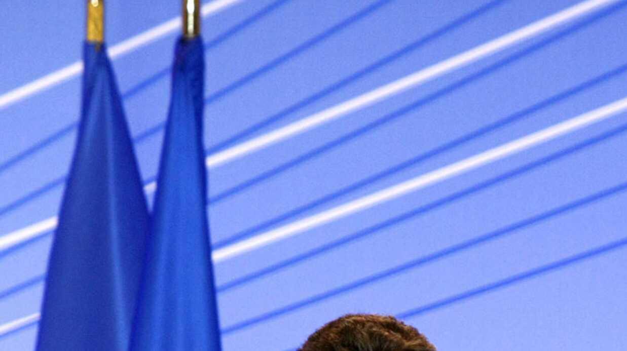 Nicolas Sarkozy dément toute crise conjugale
