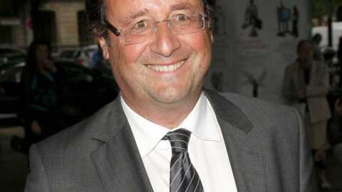 François Hollande présente officiellement Valérie Trierweiler