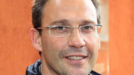 Julien Courbet répond au Canard enchaîné