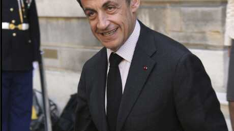 Nicolas Sarkozy grand-père: félicitations de ses ministres