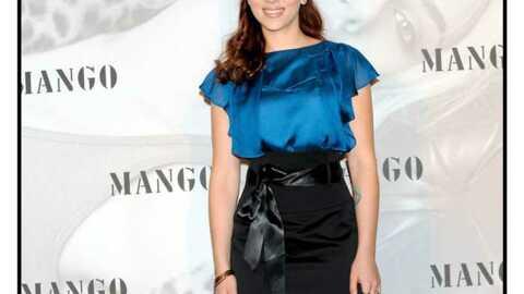 LOOK  Scarlett Johansson, éclatante en bleu roi