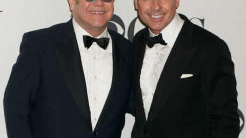 Elton John souhaite adopter un Ukrainien de 14 mois