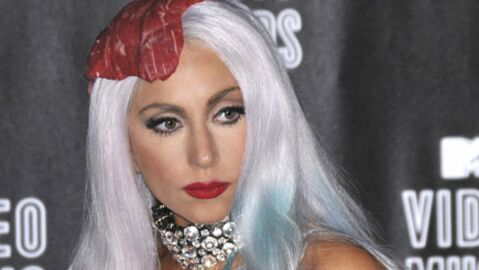 VIDEO Lady Gaga s'explique sur sa robe en viande