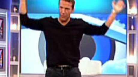 Benjamin Castaldi: nu dans sa prochaine émission