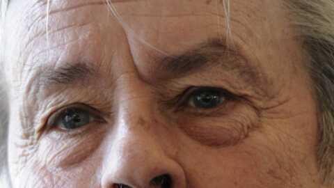 Alain Delon se prend pour un mythe vivant