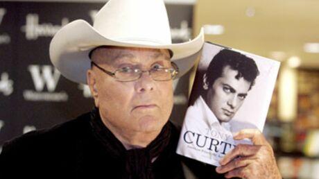 Tony Curtis: hospitalisé après une grave pneumonie