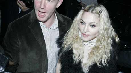 Madonna prépare un dossier contre Guy Ritchie