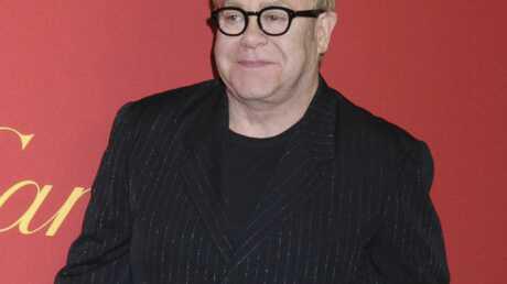 Elton John interdit d'adoption