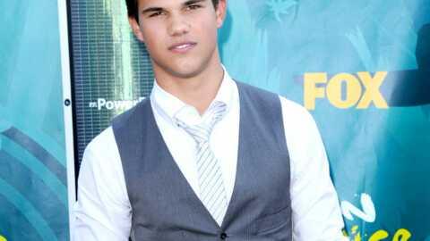 Twilight: Tayor Lautner harcelé par une femme de 40 ans
