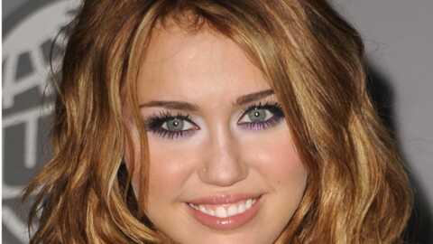 Miley Cyrus attirée par la chirurgie mammaire?