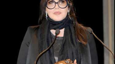 Lumineuse Isabelle Adjani