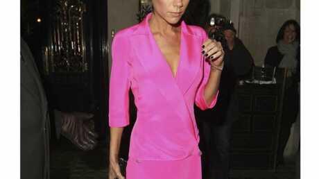 LOOK Victoria Beckham voit la vie en rose