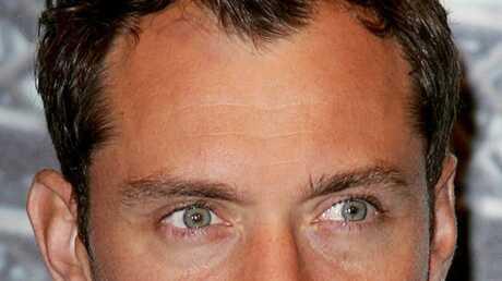 Jude Law verra Sophia deux fois par an