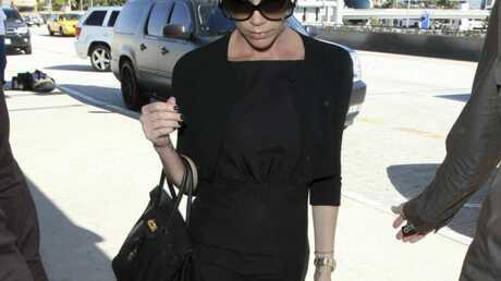 Victoria Beckham en route pour l'Europe au chevet de David