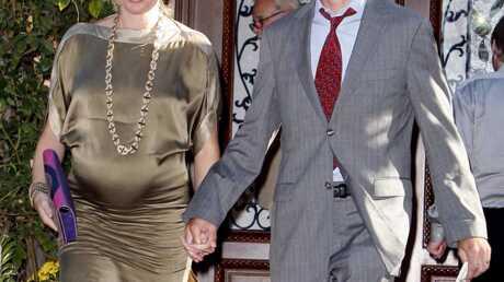 Enceinte de jumelles, Rebecca Romjin est plus jolie que jamais