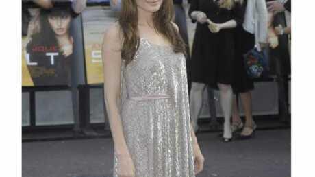 Angelina Jolie: accident sur le Red Carpet de Salt