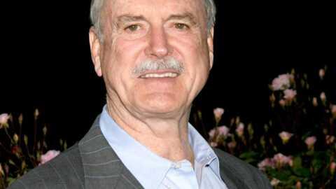 Monty Pyhton: 3.800 euros la course en taxi pour John Cleese