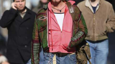 LOOK Mickey Rourke: jeune dans sa tête et dans ses fringues