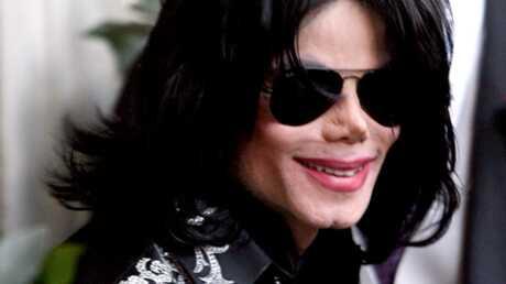 Michael Jackson: des photos inédites aux enchères à Paris