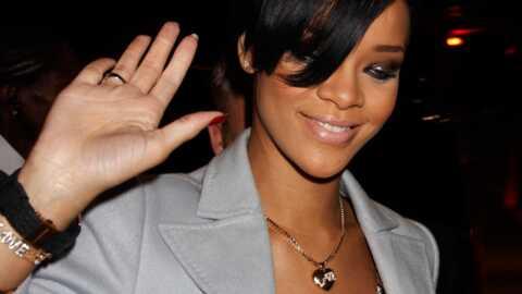 Rihanna Quelle biloute, celle-là!