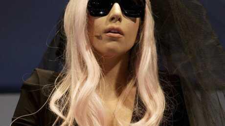 Lady Gaga fait équipe avec Thierry Mugler pour la Fashion Week