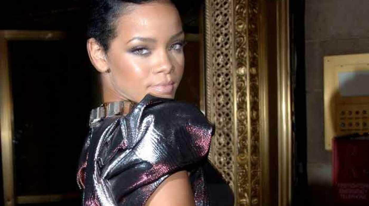 Rihanna: un voisin l'attaque, les autres la défendent